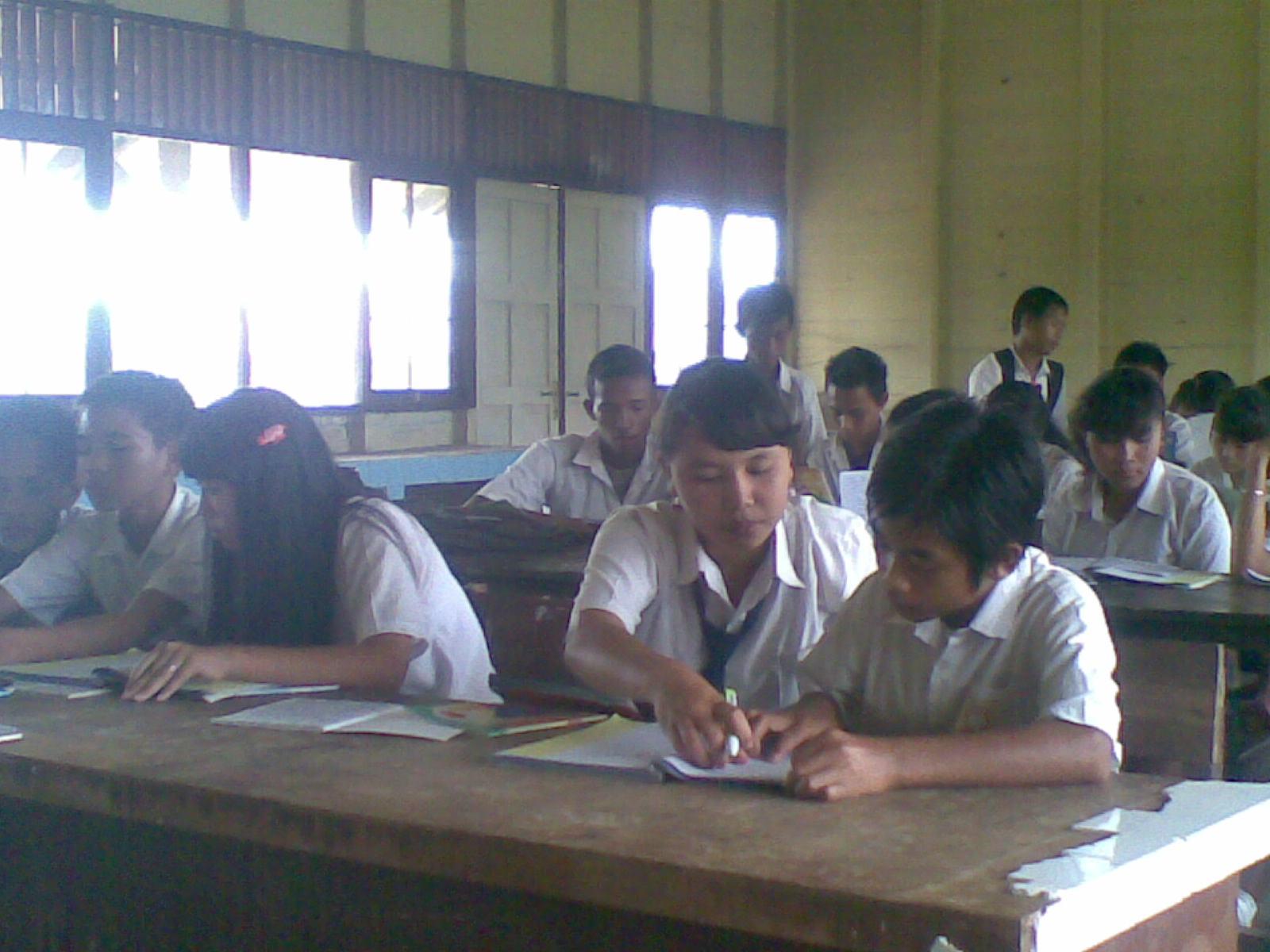Maret 2012 SMP NEGERI 3 DUSUN SELATAN